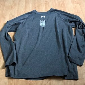 Under Armour women's athletic top size SMALL